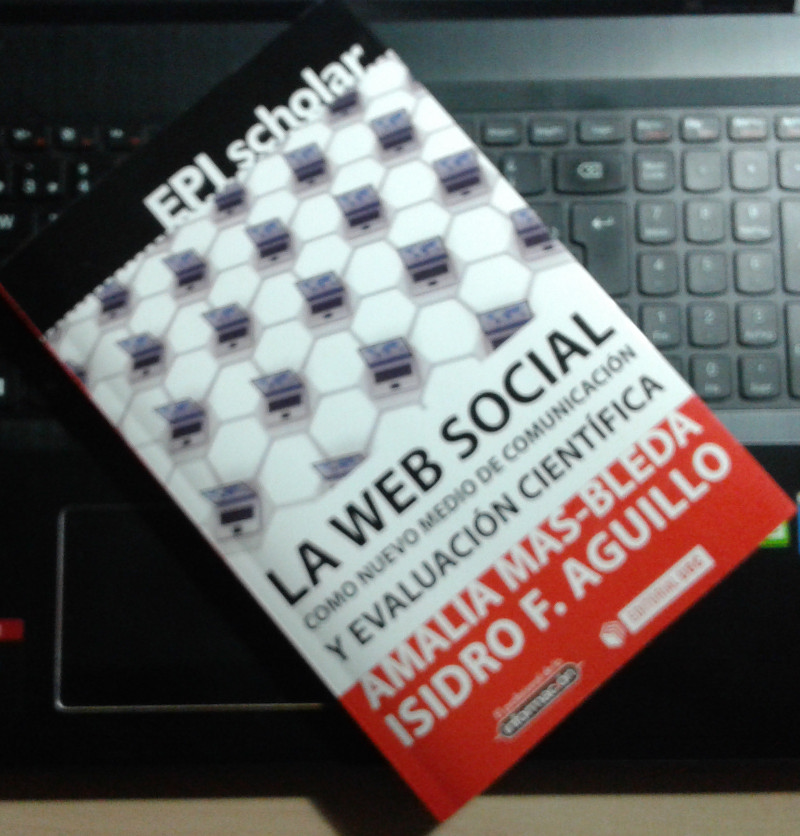 Web Social Isidro Aguillo